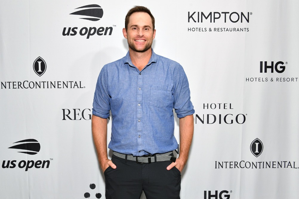 Andy Roddick Asks Tennis Channel for Job, Offers to Intern at Home ...