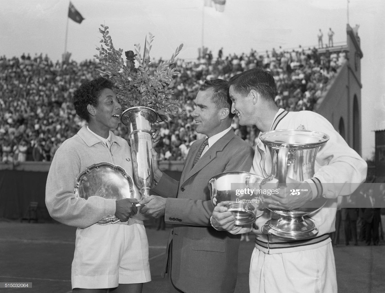 Richard M. Nixon Presenting Tennis Trophies to Favorites : News Photo