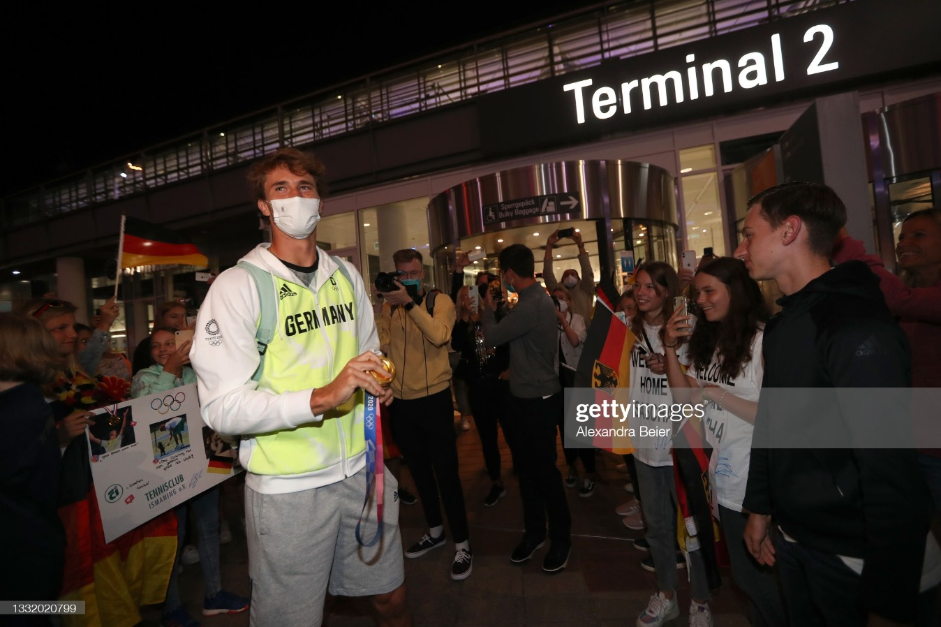 Tokyo 2020 Gold Medalist Alexander Zverev Returns To Germany : News Photo